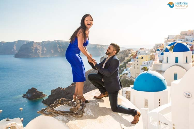WEDDING PROPOSALS IN SANTORINI
