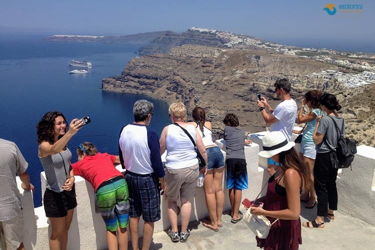 The top Santorini Tours