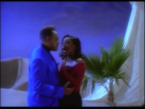 A Whole New World – Peabo Bryson and Regina Belle