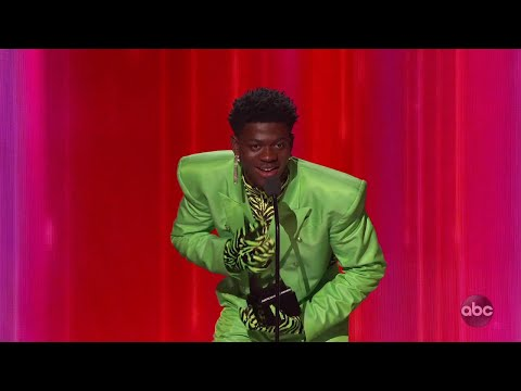 Lil Nas X Wins Favorite Song – Rap/Hip-Hop at the 2019 AMAs – The American Music Awards