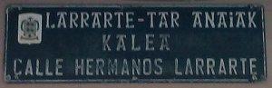Calle Hermanos Larrarte-1