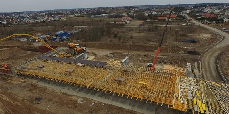 Vilniaus vakarinio aplinkkelio viaduko statybai panaudota moderni MiTek klojiniu sistema Inovatyvi statyba www.santvaros.lt