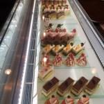 ひとつひとつ洗練されたケーキがショーケースを彩る『Patisserie Affection』