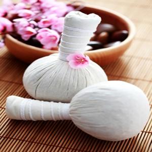 Kruidenstempels voor massage