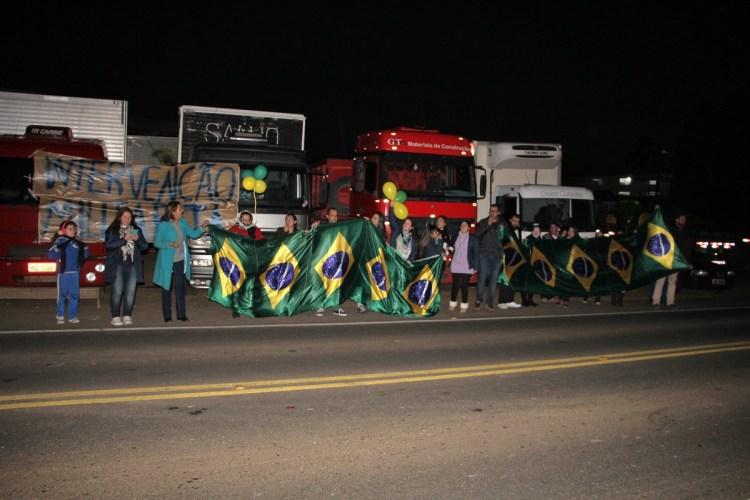Lamar Protesto (1)