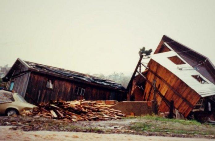 Tornado-S%C3%A3o-Joaquim-10.jpg?resize=696%2C458&ssl=1