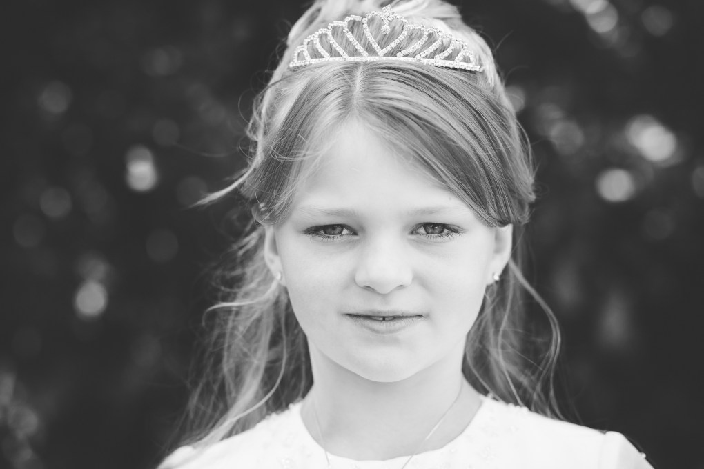 communion portrait photography, first holy communion dress portrait kildare photographer