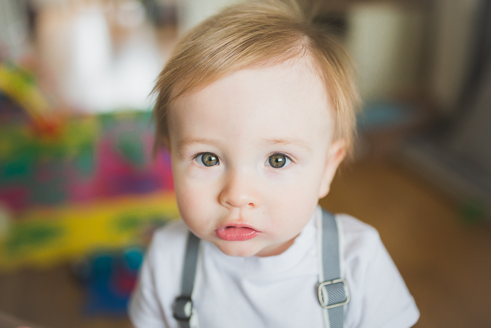 portrait baby green eyes boy