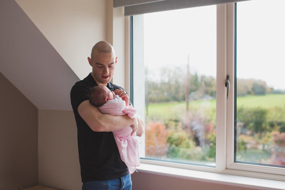 father and daughter portrait, dad, newborn, baby home photography
