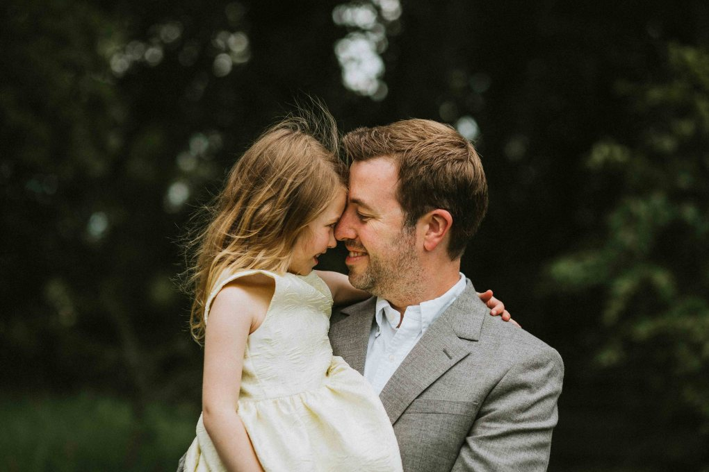 father and daughter portrait, lifestyle outdoor family photography