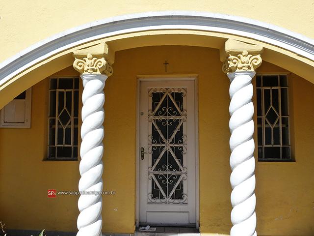 Detalhes da residência (clique na foto para ampliar).