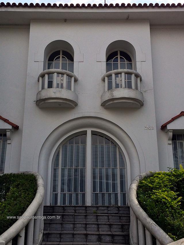 Rua Almirante Pereira Guimarães, Pacaembu