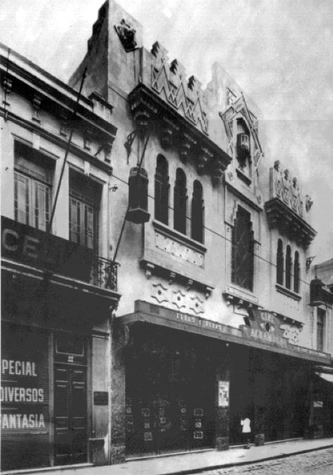 Cine Alhambra em foto da década de 30