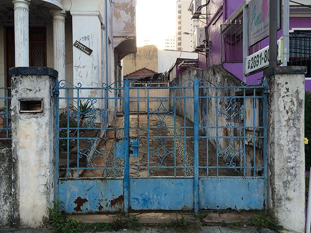 Portão da garagem (clique na foto para ampliar)