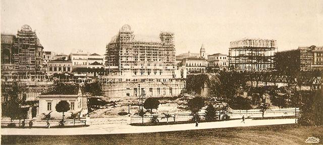 Os palacetes em construção em 1911 (clique para ampliar)