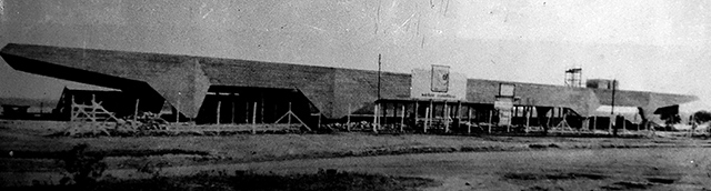 Santapaula Iate Clube durante a construção (clique para ampliar)