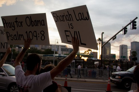 """Terry Jones """"Sharia Law"""" Protest Photo by Andy Herbon"""
