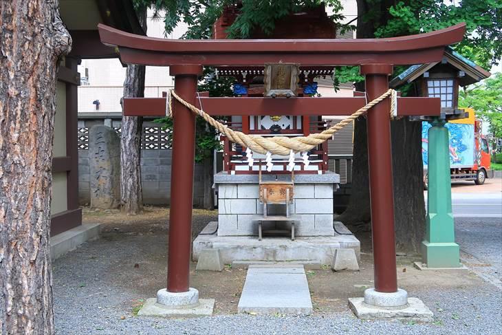 札幌三吉神社 境内社 出世稲荷社