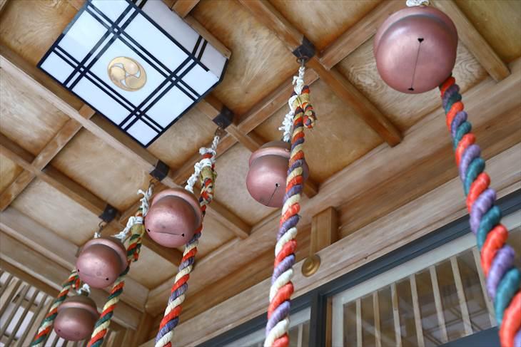 大谷地神社 拝殿の鈴