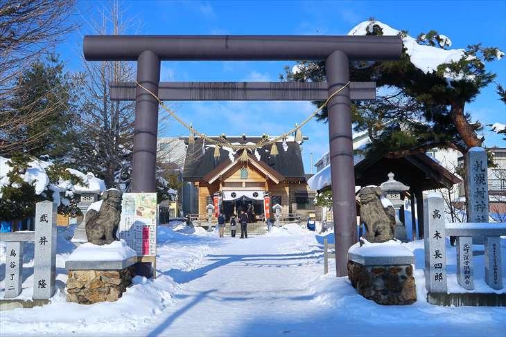 札幌村神社 鳥居(冬)