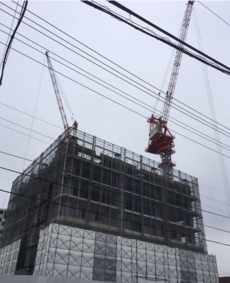 ビル建設中