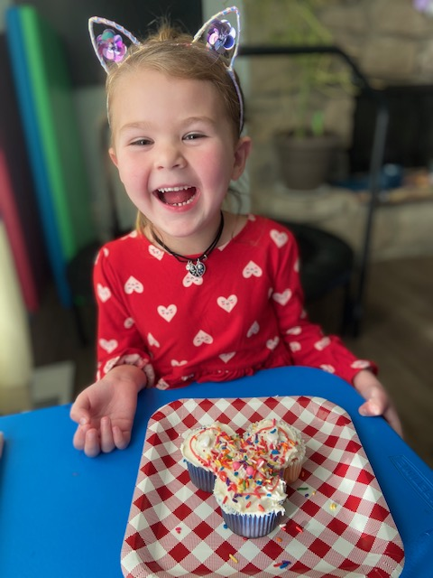 """Sapulpa Parks holds first annual """"Spread The Love"""" cupcake decorating contest"""