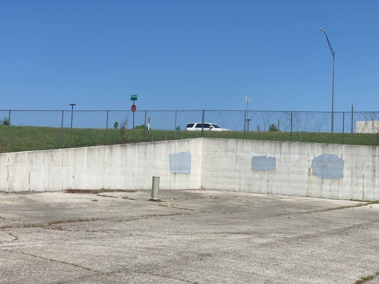 Sapulpa Board of Adjustment approves construction of cellular antenna outside of downtown