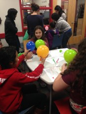 Baking soda and vinegar balloon blow-up