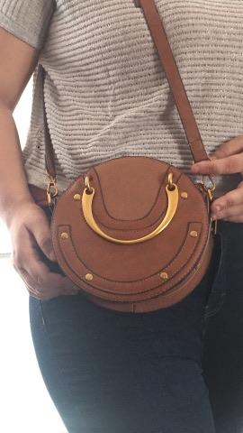 LOOK: Mon sac à main à bandoulière Casual Chic de Shine Boutique.