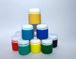 Inspiration Montessori: matériel et objectif de la peinture propre pour bébé.