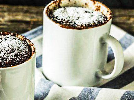 Cocooning et plaisir express avec cette recette Mug cake au chocolat.