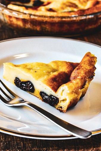 La recette facile du far breton aux pruneaux, un dessert à l'ancienne !