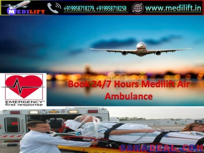Full Life-Support Charter Aircraft in Delhi by Medilift with Doctor
