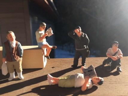 The whole Ojisan Zukan gang enjoying the morning sunlight.
