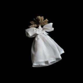 Kern baby in white dress