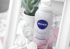 NIVEA Seiden Mousse Raspberry Rhubarb Test Review