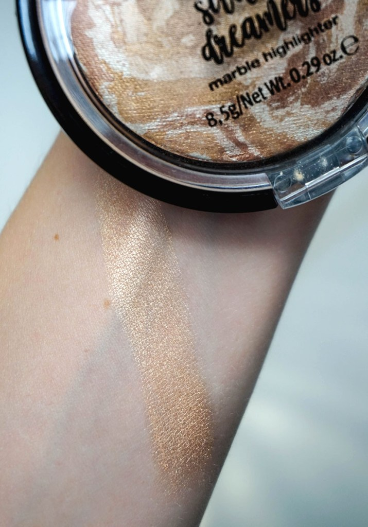 essence marble highlighter