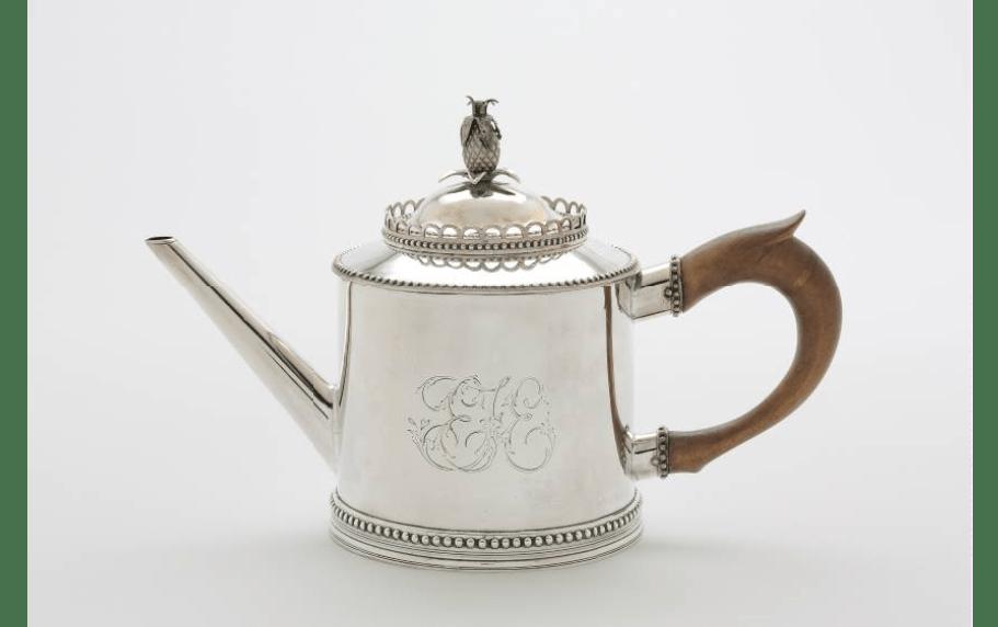 Teapot. ca. 1790.