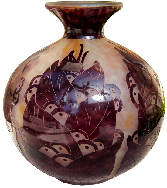 """Lauriers"" cameo glass vase. 1924-1927."