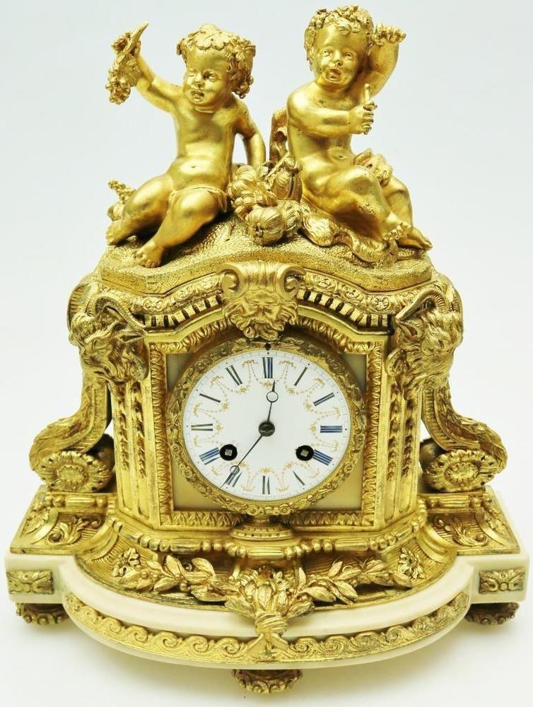 Eight day striking mantel clock. ca. 1850.