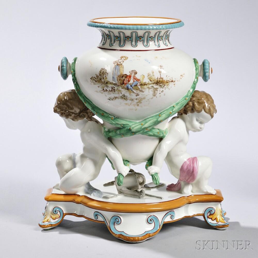 Queen's ware Trentham vase. ca. 1872.