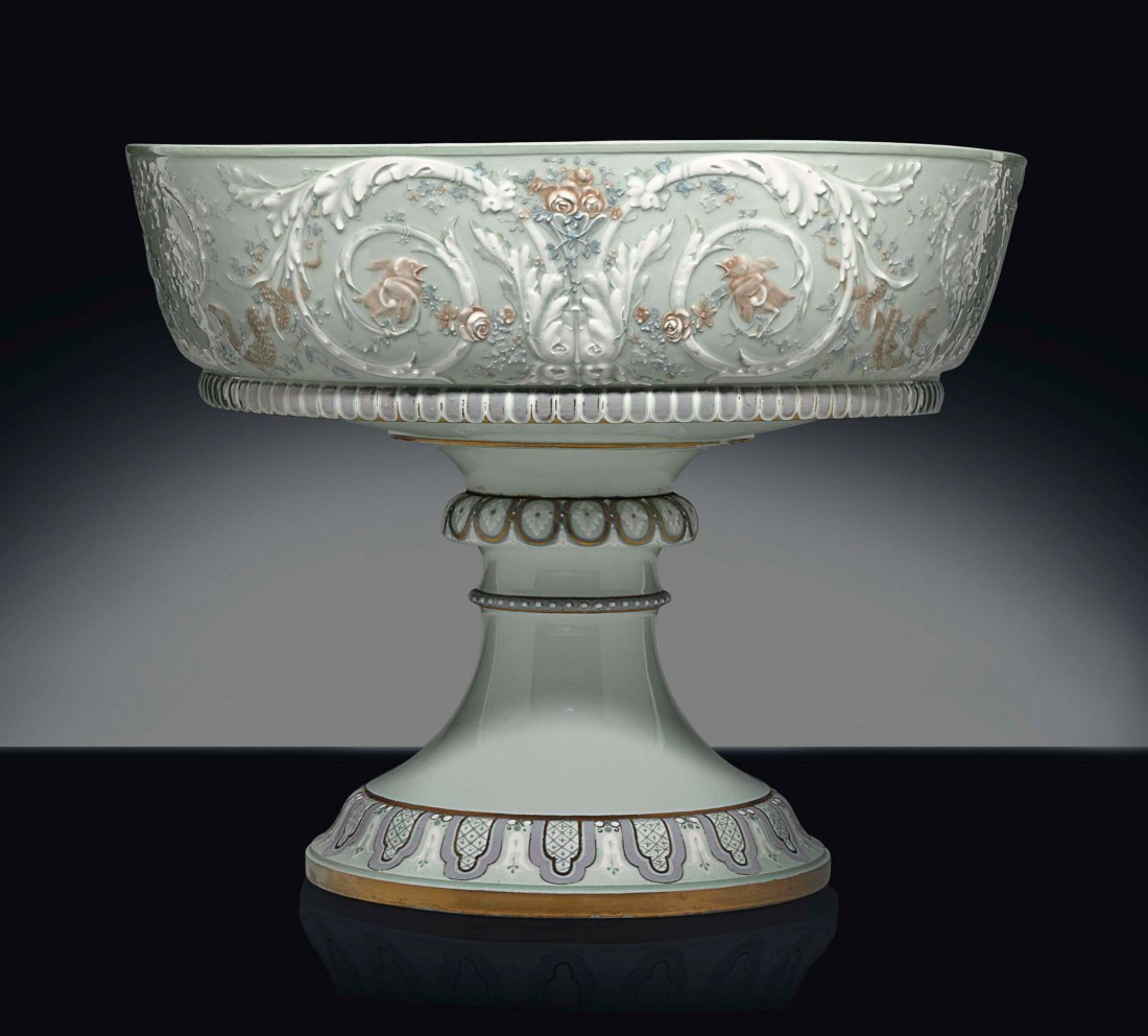Large footed bowl (rivoli cup) with a celadon ground.