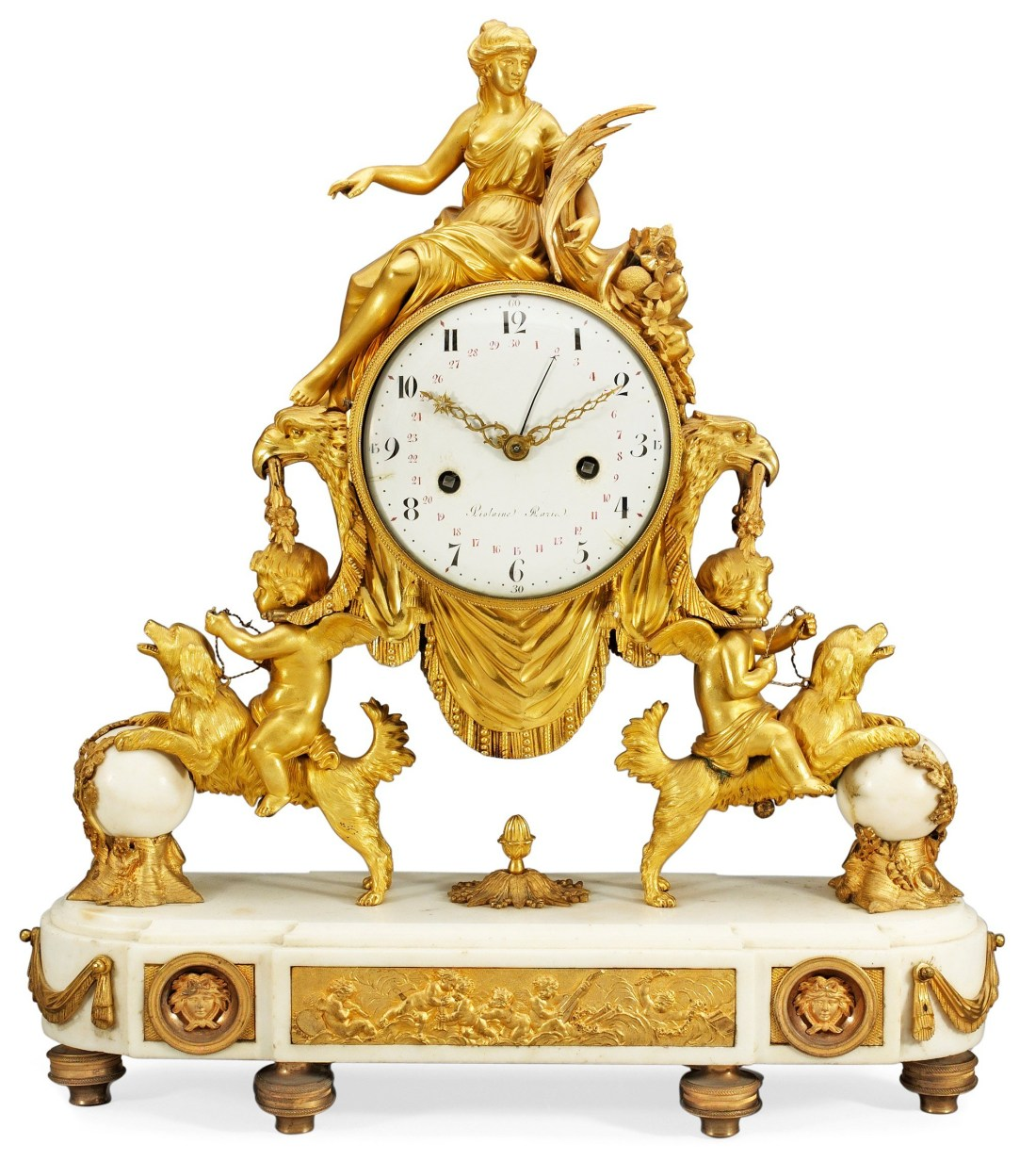 Mantel clock with a profiled plinth with a relief of musician putti