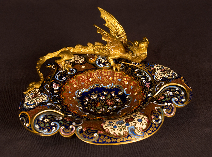 champleve-enamel-vide-poche-in-chinoiserie-style-france-circa-1900-1145691-en-max