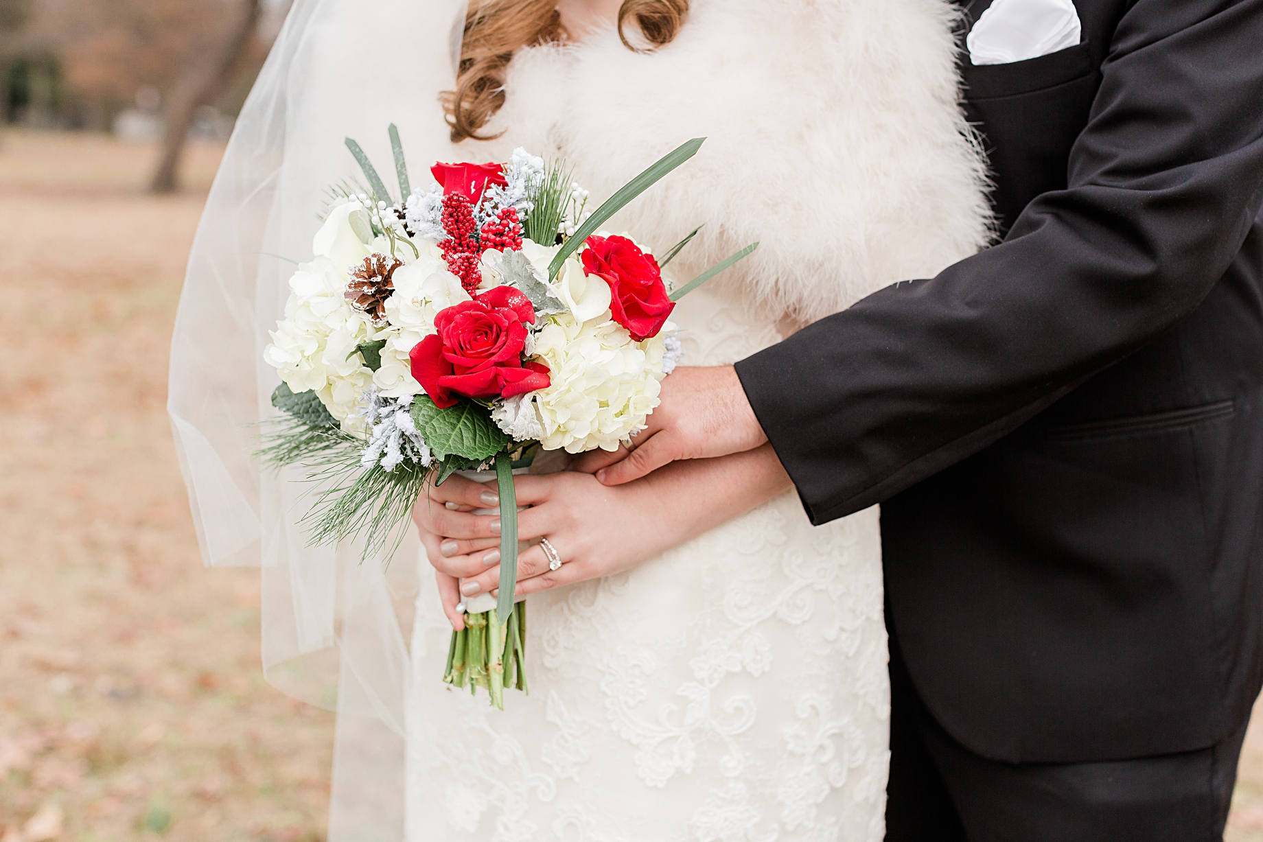 Bridal bouquet by Tunies Floral Expressions | Philadelphia Winter Wedding