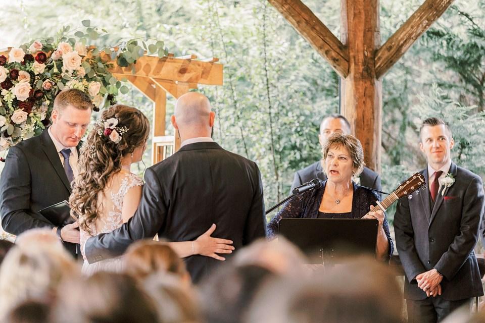 Winter Wedding at Riverdale Manor_0057