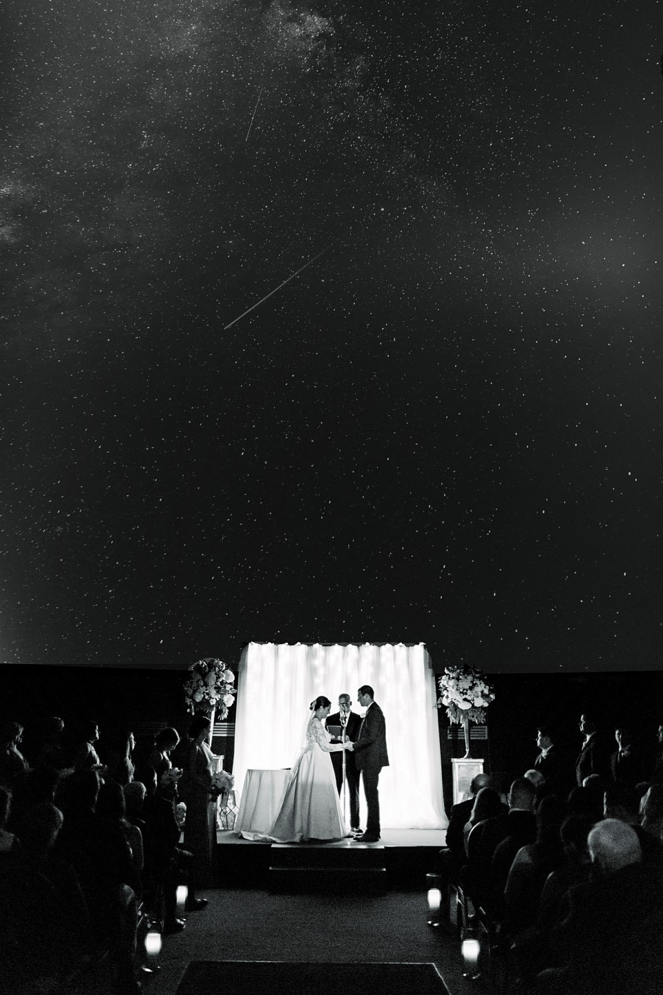 Wedding ceremony at the Franklin Institute