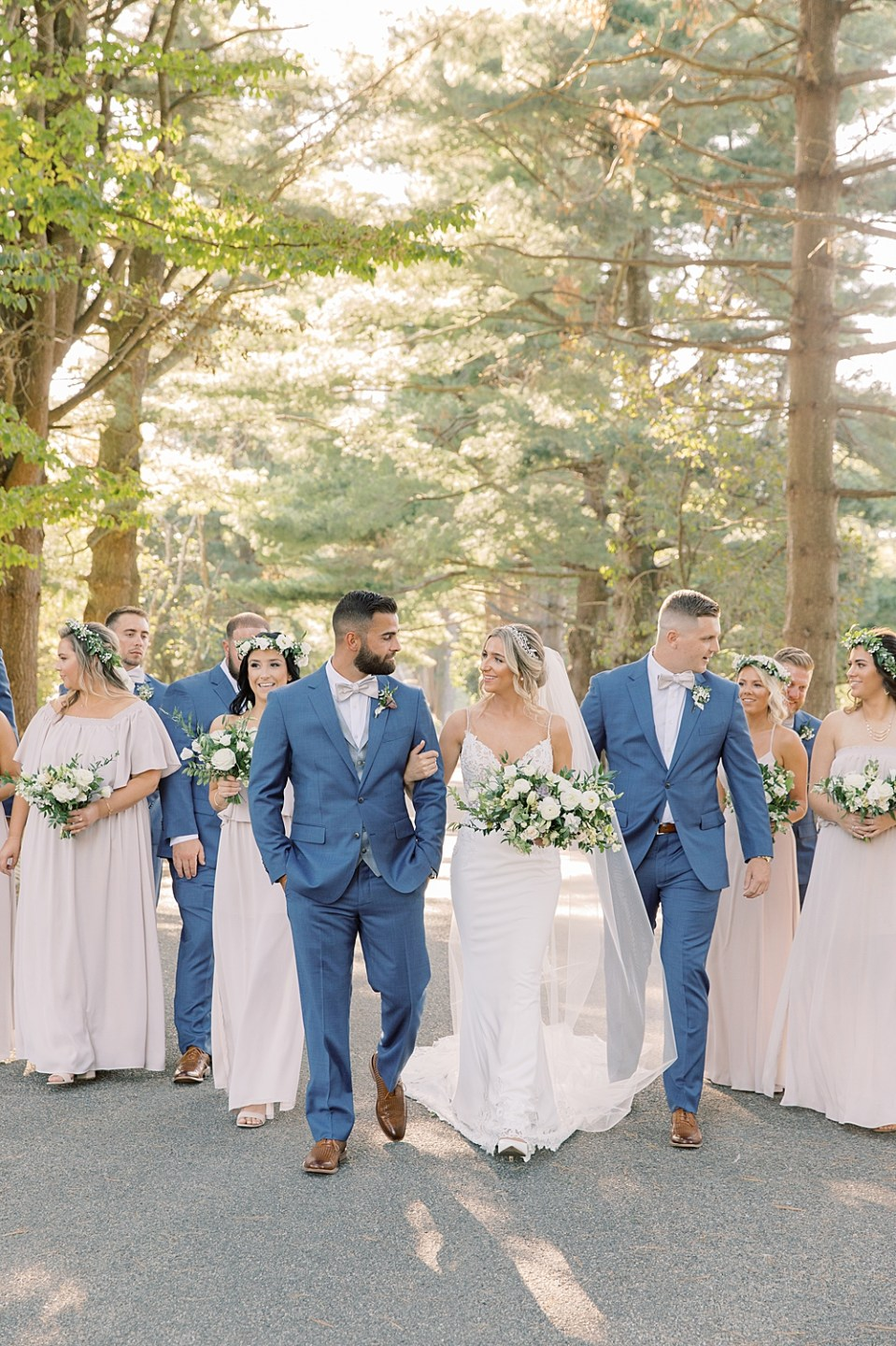 tan and blue wedding colors | ashford estate wedding | new jersey wedding photographer Sarah Canning