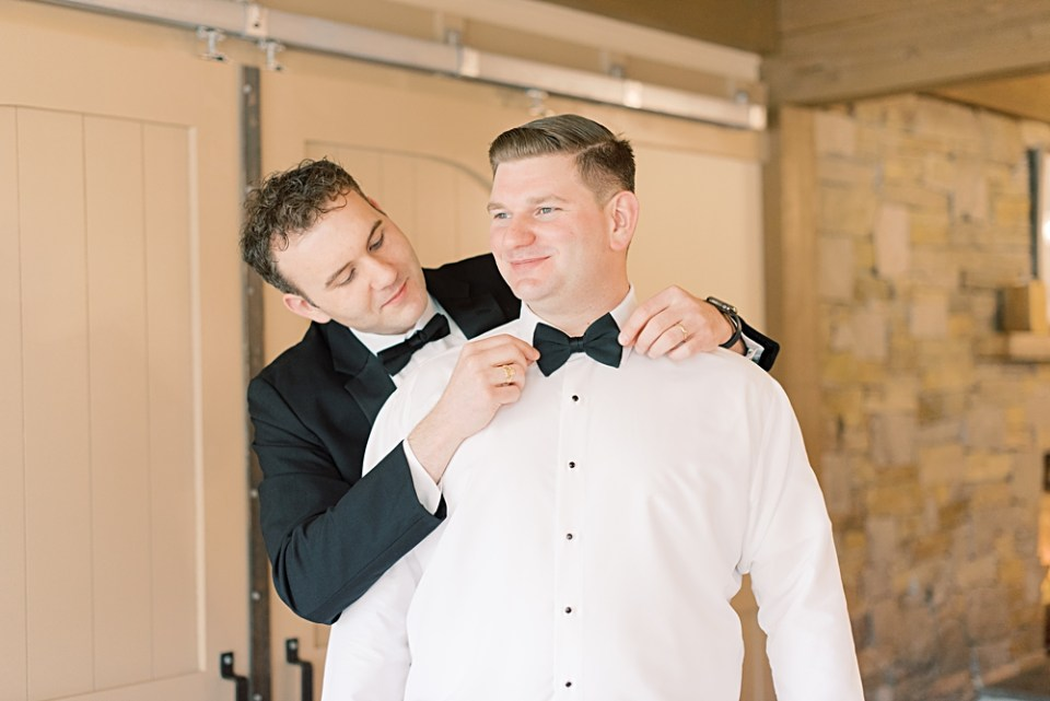 groom getting ready with groomsmen | bear brook valley wedding | sarah canning photography