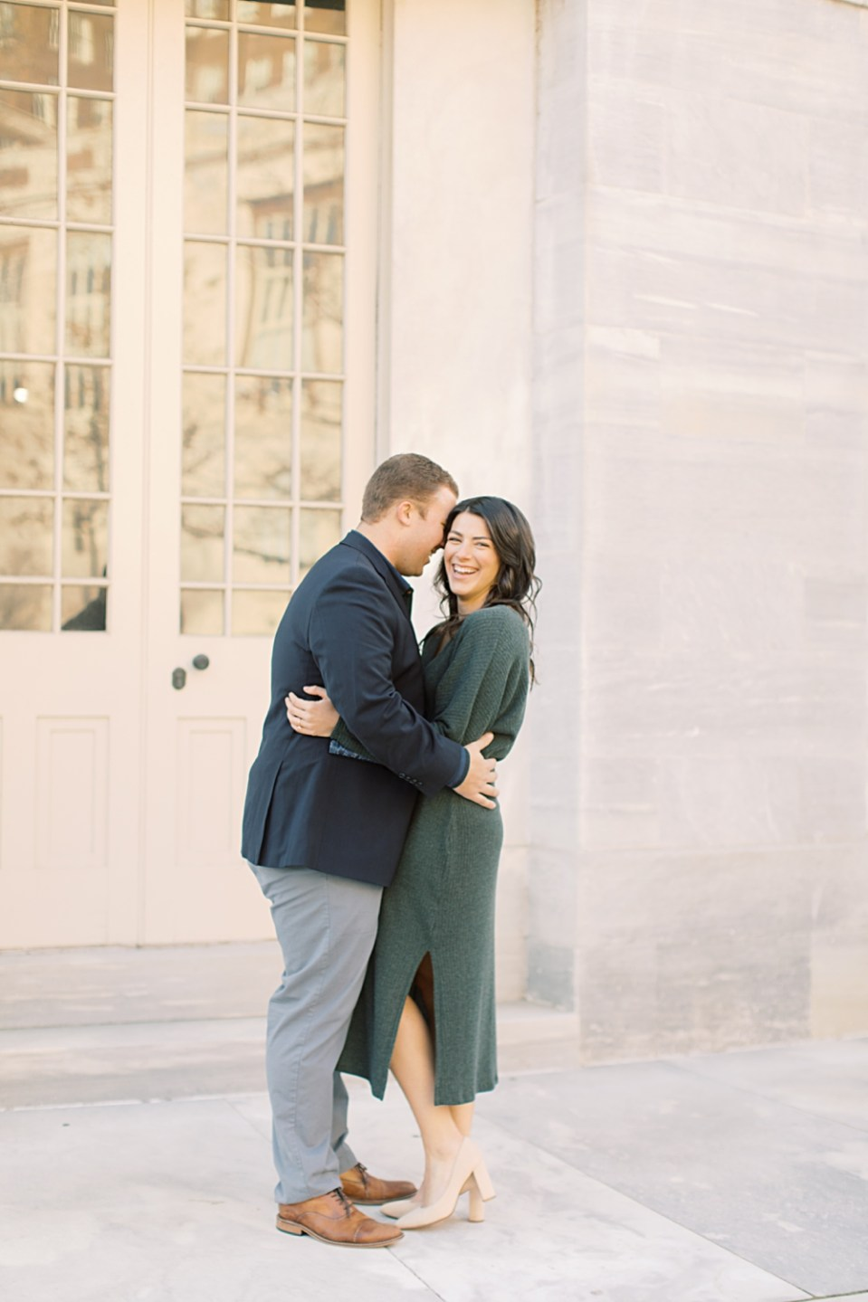 Engagement Session in Old City | Philadelphia wedding photographer Sarah Canning